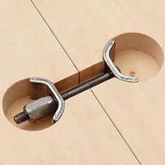 Мебельный крепеж две поверхности.