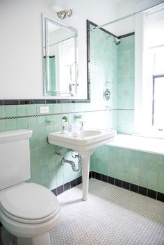 Brand new colorful bathrooms that look vintage or retro apartment therapy s Best Bathroom Tiles, New Bathroom Designs, Art Deco Bathroom, Bathroom Images, Bathroom Colors, Bathroom Flooring, Bathroom Interior, 1920s Bathroom, Bathroom Black