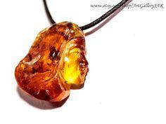 Exclusive Elegant Authored Design Art Jewelery Genuine Natural Baltic Sea Amber Cameo Handmade Carved Pendant Necklace BIZ1335