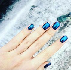 Blue chrome nails