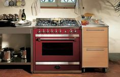 Considering having your oven cleaned by professionals? Clean Tech bring carpets, oven, upholstery etc back to life. We are East Anglia's cleaning experts with vast experience, knowledge and expertise. We are members of the Norfolk Trusted Trader Scheme and also have a 100% satisfaction guarantee. Give your oven a Clean Tech clean! Call: 01485 609223.