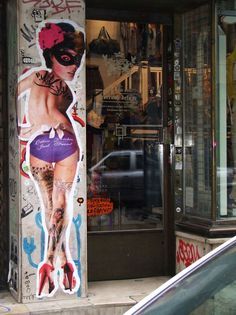 Los collages callejeros de Miss KK