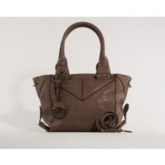 This trendy bag is made of soft PU-leather.  (Brun Qnuz Skuldertaske)