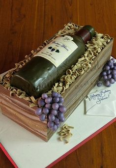 One of the most common questions you may have when you begin considering making homemade wine is what type of wine you should make. Cake Icing, Fondant Cakes, Cupcake Cakes, Wine Bottle Cake, Cake Push Pops, Alcohol Cake, 40th Cake, Ice Cake, Cakes For Men