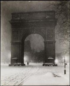 jessie tarbox beals,washington arch,Midnight,ca.1910