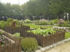 Our Willow Border Edging Looks Great When Used For Raised Beds Alsou2026