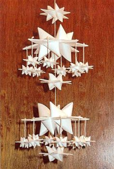 Mobile made from Stars, Swedish Christmas Decorations, Paper Christmas Ornaments, Scandinavian Christmas, Christmas Crafts, Holiday Decor, Xmas, 3d Paper Star, 3d Star, Star Diy