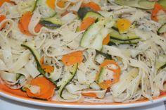 A Culinária e Eu ...: Massa com courgette e cenoura e molho de limão e m...