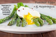 A poached egg is such a simple thing that it can be deceptively difficult to get it right. The secret lies in the timing: prepare everything else that you need and poach the egg(s) at the very las…