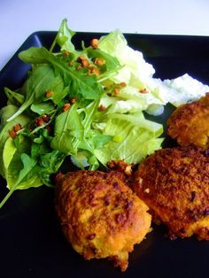 Cauliflower and carrot burgers baked Cocina Natural, Greens Recipe, Meatless Monday, Tandoori Chicken, Cauliflower, Carrots, Gluten Free, Cooking Recipes, Baking
