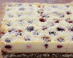 prajitura cu branza dulce si cirese (6) Romanian Desserts, Romanian Food, Romanian Recipes, Cookie Recipes, Dessert Recipes, Good Food, Yummy Food, No Cook Desserts, Dessert Drinks