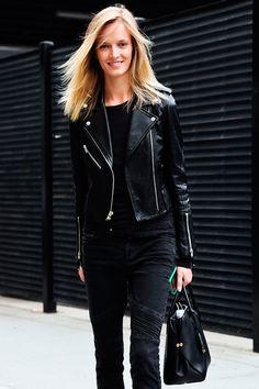 Los 10 esenciales de un look siempre chic: chaqueta tipo motociclista