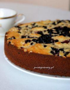 Proste Potrawy: Ciasto na jogurcie z jagodami