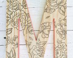 Lettre de murales décoratives, lettres en bois suspendus, imprimé Floral, bébé nom lettres de mur, Monogram decoration murale, murale bois Initial