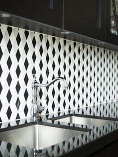 black and white trellis pattern mosaic tile on a kitchen backplashsee cococozy - Black And White Kitchen Backsplash
