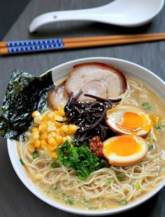 Been chasing the wonderful tasting tonkatsu ramen from Mitsuwa market for a year now, will be trying this recipe! Tonkatsu Ramen with Chashu (Japanese Braised Pork Belly) and Ajitsuke Tamago (Marinated Soft-Boiled Egg) Ramen Recipes, Asian Recipes, Cooking Recipes, Hawaiian Recipes, Noodle Recipes, Tonkatsu Ramen, Ramen Soup, Ramen Noodle, Ramen Broth