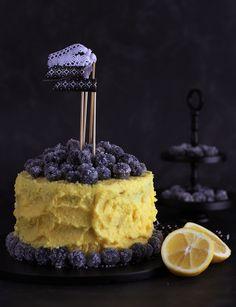 Tarta rústica de limón y arándanos (Y como escarchar frutas del bosque para decorar) - Megasilvita