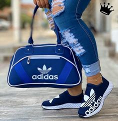 Sneakers Fashion, Fashion Shoes, Fashion Clothes, Puma Shoes Women, Baskets, Nike Slippers, Nike Bags, Fresh Shoes, All About Shoes