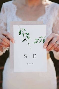 RV offers the printable Minimal Leaf double-sided wedding invitation & RSVP card. This invitation suite captures a modern, minimalist feel which is softened by falling watercolour leaves. Minimalist Wedding Invitations, Printable Wedding Invitations, Chic Wedding, Fall Wedding, Trendy Wedding, Wedding Announcements, Wedding Designs, Wedding Venues, Wedding Planning