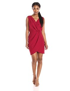 Valentine's Day outfit idea: the draping on this dress is beyond chic and wearable -- throw a blazer over the look and you can even wear it to the office! A great desk-to-dinner option for date night.
