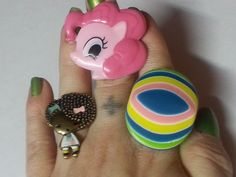 Teen Ring Set X3 Free Shipping and No Copious Fee's $8.50