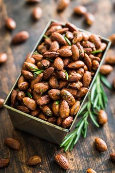 Rosemary Sea Salt Roasted Almonds | Get Inspired Everyday!