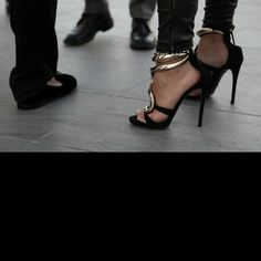 Describe tu pin...Guiseppe Zanotti #shoes