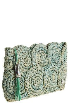 Newest Free Knitted bags Tips Crochet Raffia Bag Pattern Rio Raffia Clutch Croc… - My Bag Ideas Crochet Clutch Bags, Free Crochet Bag, Crochet Shell Stitch, Crochet Diy, Crochet Tote, Crochet Handbags, Crochet Purses, Crochet Stitches, Crochet Patterns