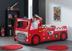 Boys / Girls Red Fire Engine with Lights Wooden Childrens Novelty Bed - Single Truck Toddler Bed, Toddler Cot, Toddler Rooms, Childrens Bedroom Furniture, Childrens Beds, Car Bed, Truck Bed, Truck Detailing, Red Bedding