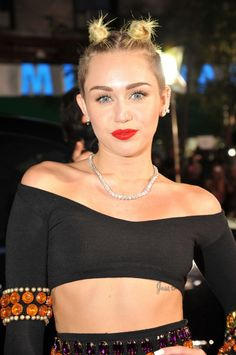 Miley Cyrus - 2013 MTV Video Music Awards in New York