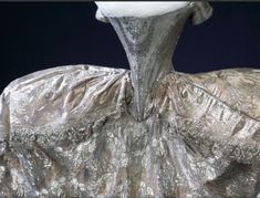 Marie-antoinette Queen of France's wedding dress...imagin how TINY her waist was!
