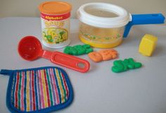 Vintage Fisher Price Fun With Food Simmering Sauce Pan Set