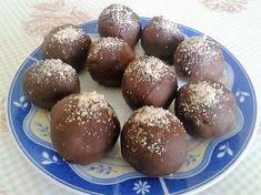 Zserbógolyó villámgyorsan Recept képpel - Mindmegette.hu - Receptek Pretzel Bites, Baking Recipes, Deserts, Food And Drink, Gluten, Xmas, Pudding, Sweets, Bread