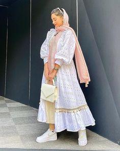 Modest Fashion Hijab, Modesty Fashion, Hijab Chic, Muslim Fashion, Fashion Dresses, Hijab Dress, Tulle Dress, Bread Cones, Gorgeous Wedding Dress