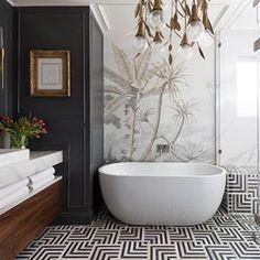 Designhounds superstar @casavilora giving us serious bathroom envy with this design. 📸 Credit: @collscottphoto  #designhounds #bathtime