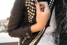 Lovin' the detail on this leather jacket.
