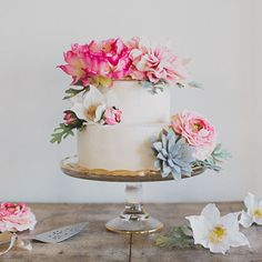 DIY Wedding Decorations and Cheap Wedding Supplies at Afloral.com