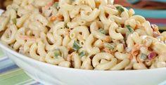 Besoin d'une recette de salade de macaroni, simple et vraiment savoureuse, découvrez-la maintenant
