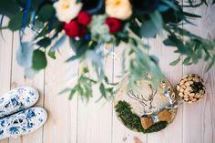 Свадебные приглашения: фото и идеи свадебных приглашений - Невеста.info Wedding Shoes, Invitations, Wreaths, Decor, Bhs Wedding Shoes, Door Wreaths, Wedding Slippers, Decorating, Deco Mesh Wreaths