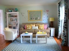 Living With Kids: Kendra Damiecki. Love that beige cushy couch!