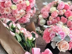 Flores ��  Despedida de soltera, somos un éxito, iban a irse de after a otro lugar y se van conmigo a luccas ���� #flowers #flower #petal #petals #nature #beautiful #love #pretty #plants #blossom #sopretty #spring #summer #flowerstagram #flowersofinstagram #flowerstyles_gf #flowerslovers #flowerporn #botanical #floral #florals #insta_pick_blossom #flowermagic #instablooms #bloom #blooms #botanical #floweroftheday http://gelinshop.com/ipost/1519290965624791859/?code=BUVmxVshqMz