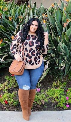 Leopard print sweater with jeans and boots. casual date night outfit plussize – bonnie williams Leopard print sweater with jeans and boots. casual date night outfit plussize Leopard print sweater with jeans and boots. casual date night outfit plussize Plus Size Fashion For Women Summer, Plus Size Winter Outfits, Plus Size Fall Outfit, Casual Plus Size Outfits, Casual Date Night Outfit, Night Outfits, Outfit Winter, Summer Outfit, Curvy Girl Fashion