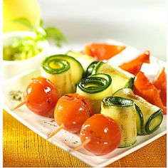 Photographie d'ambiance du produit 8 mini brochettes de légumes grillés