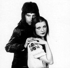 Freddie Mercury and Mary Austin [Photo by Mick Rock] (4)