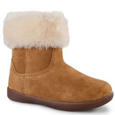 6835e42e37a 7 Best New Ugg Australia Styles images   Ugg boots, Uggs, Moon boots