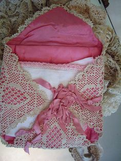 hanky holder that's as lovely as the hankies themselves.    #hankies #handkerchief