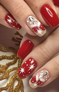 44 Stylish Manicure Ideas for 2019 Manicure: How to Do It Yourself at Home! Part manicure ideas; manicure ideas for short nails; Xmas Nails, Holiday Nails, Christmas Nails, Merry Christmas, Winter Nail Art, Winter Nails, Cute Nails, Pretty Nails, Nail Art Noel
