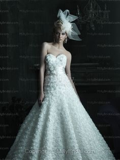 Ball Gown Sweetheart Organza Chapel Train Wedding Dress at Millybridal.com