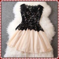 2014 moda de nova laço bordado floral crochet das mulheres sem mangas vestido de renda vestido pregas volta bege bege com renda t125-1675 US $46.28