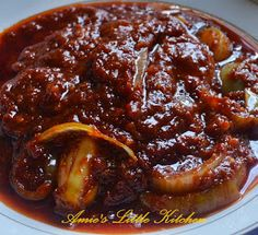 AMIE'S LITTLE KITCHEN: Nasi Lemak, Ayam Goreng Kampung & Sambal Goreng Jawa Curry Recipes, Asian Recipes, Gourmet Recipes, Cooking Recipes, Healthy Recipes, Healthy Food, Malaysian Cuisine, Malaysian Food, Malaysian Recipes